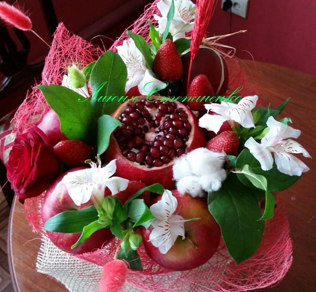 buket-iz-fruktov-v-kazani (16)