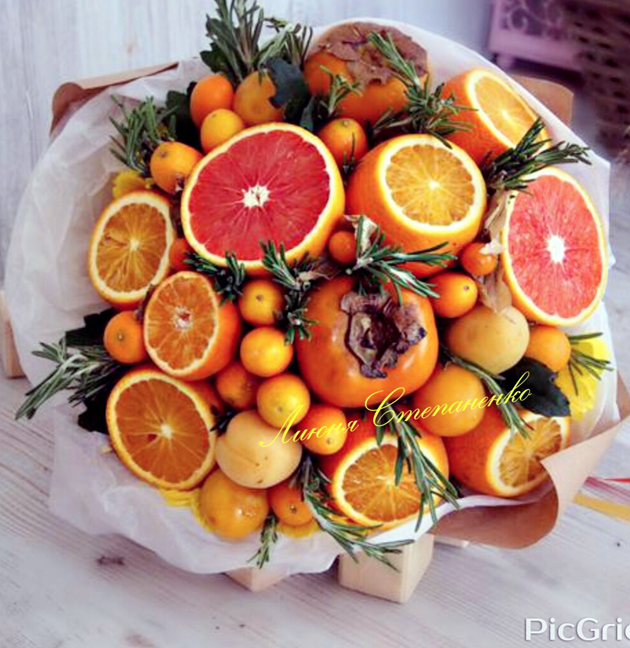 buket-iz-fruktov-v-kazani (18)